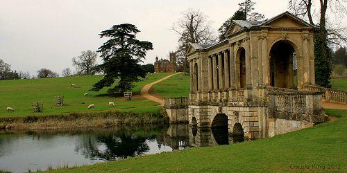Explore England And More Stowe Gardens