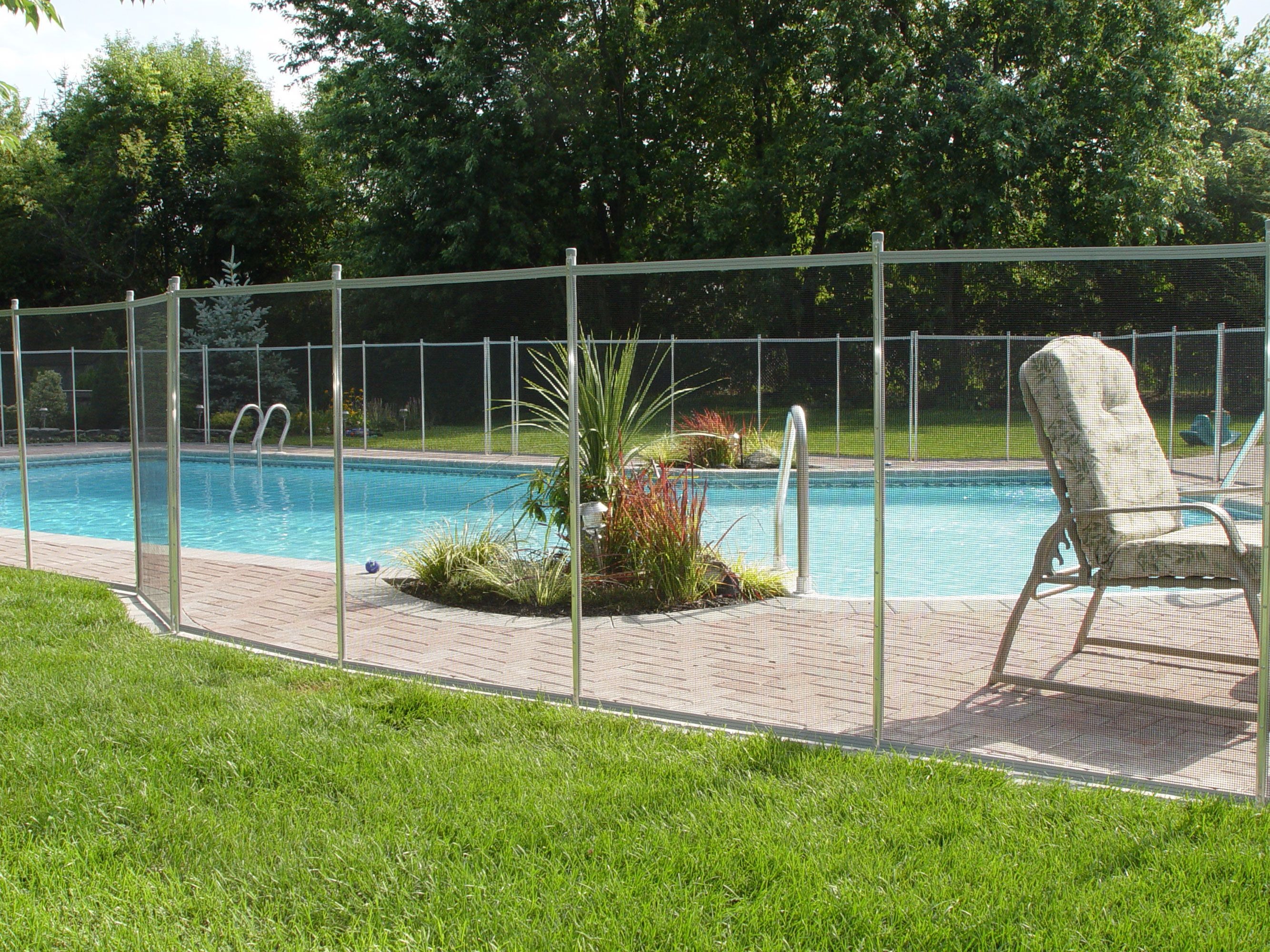 florida landscape design ideas landscaping ideas around pool fence - Garden Ideas Around Swimming Pools