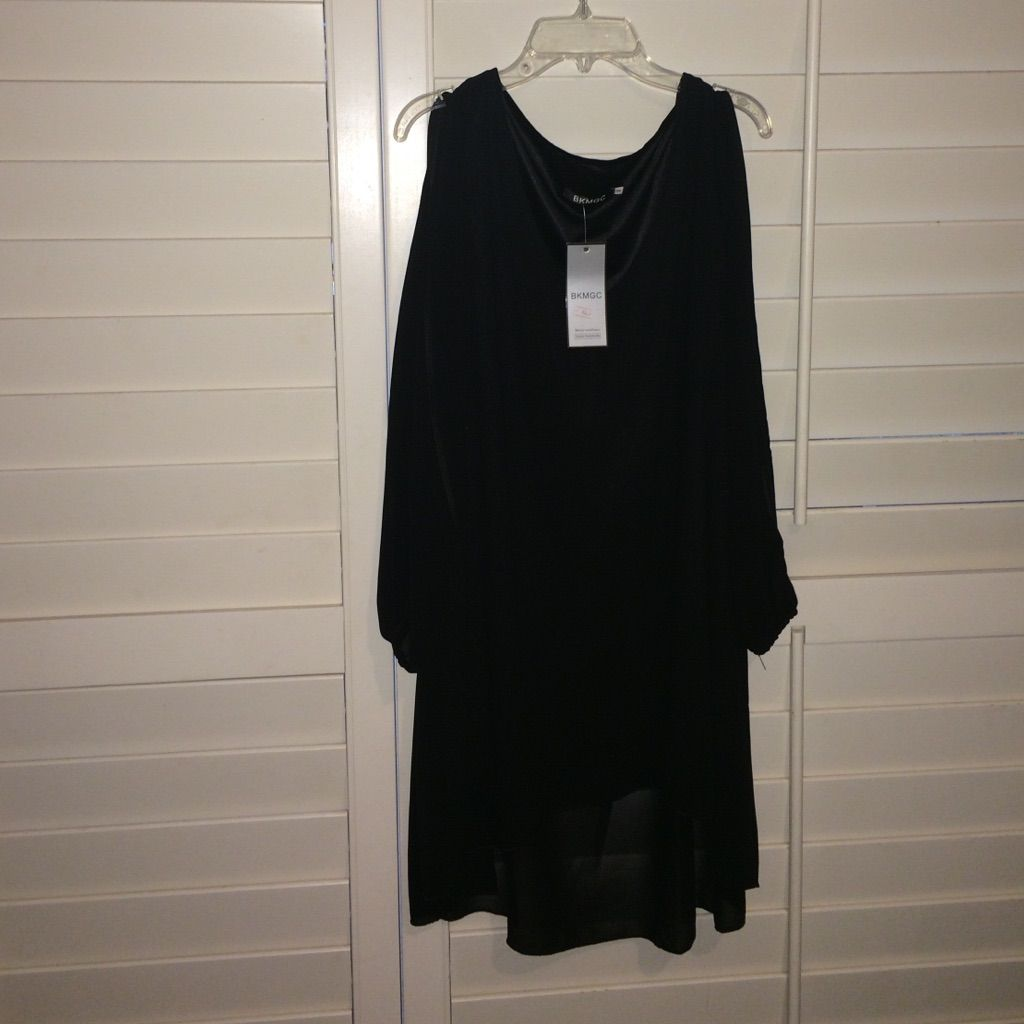 Black flowy dress products