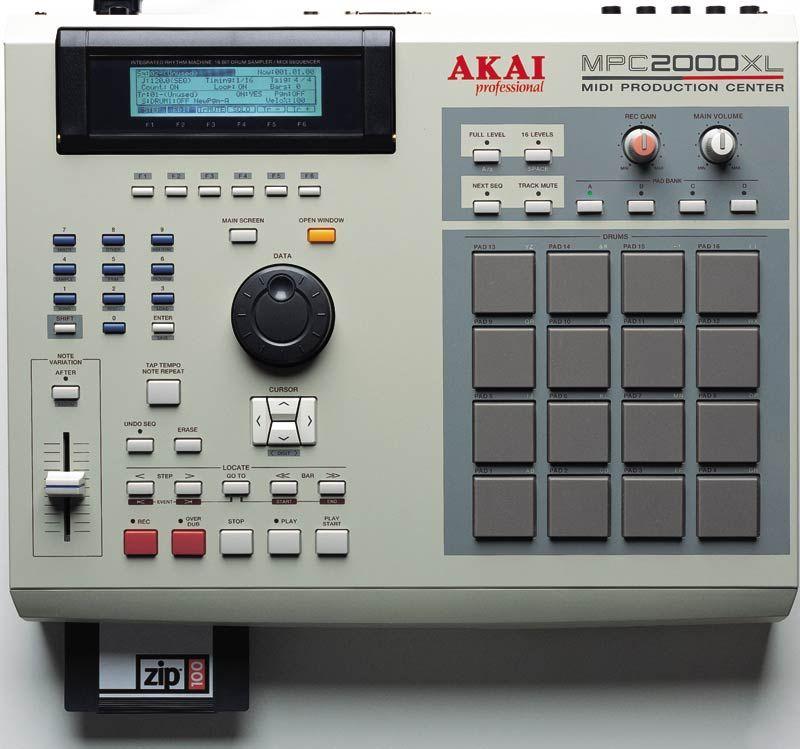 Akai Mpc 2000 Xl Drum Machine Music Machine Akai