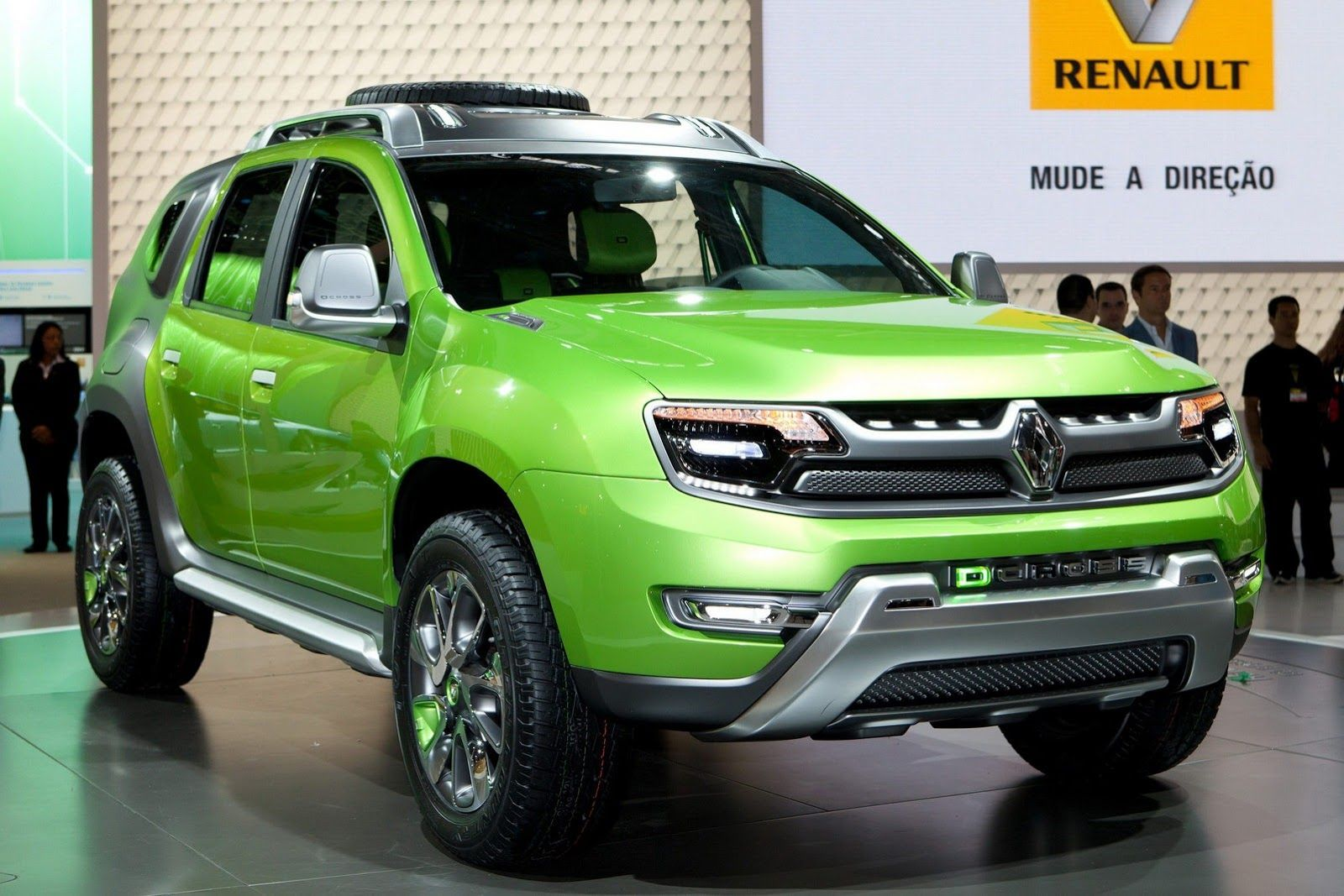 At the sao paulo motor show renault has unveiled the dcross concept a study based on the design of the dacia duster and characterized by a rugged