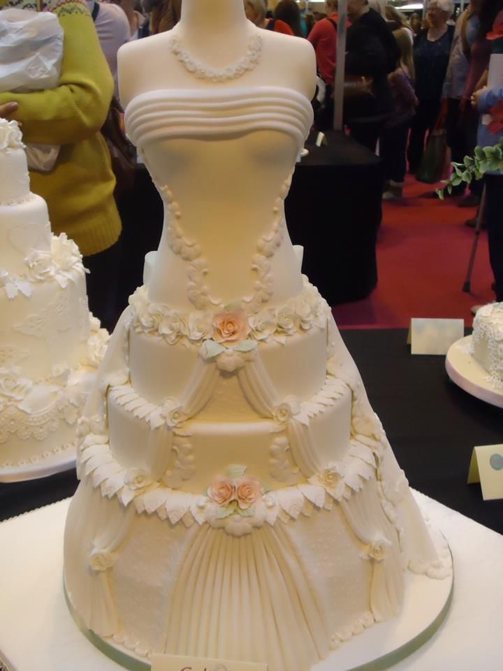 Dress Dummy Wedding Cake Wedding Cakes Pinterest Cake Dummy - Wedding Cake Dummy