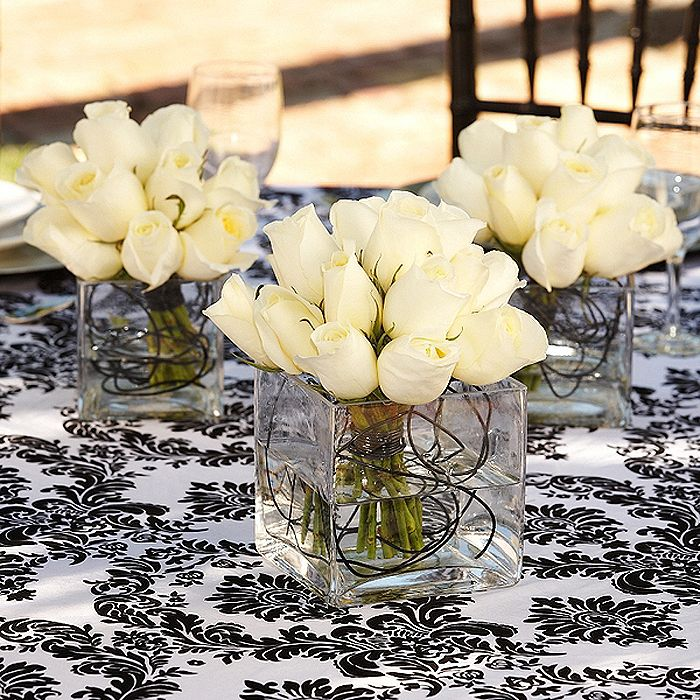 Centerpieces White Roses with Black Wire | Center Pieces ...
