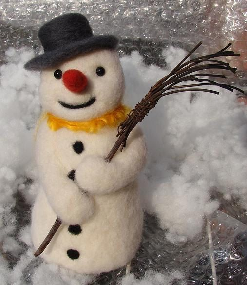 Needle Felted Snowman Christmas Decor wool Snowmen by OldFairyTales on Etsy