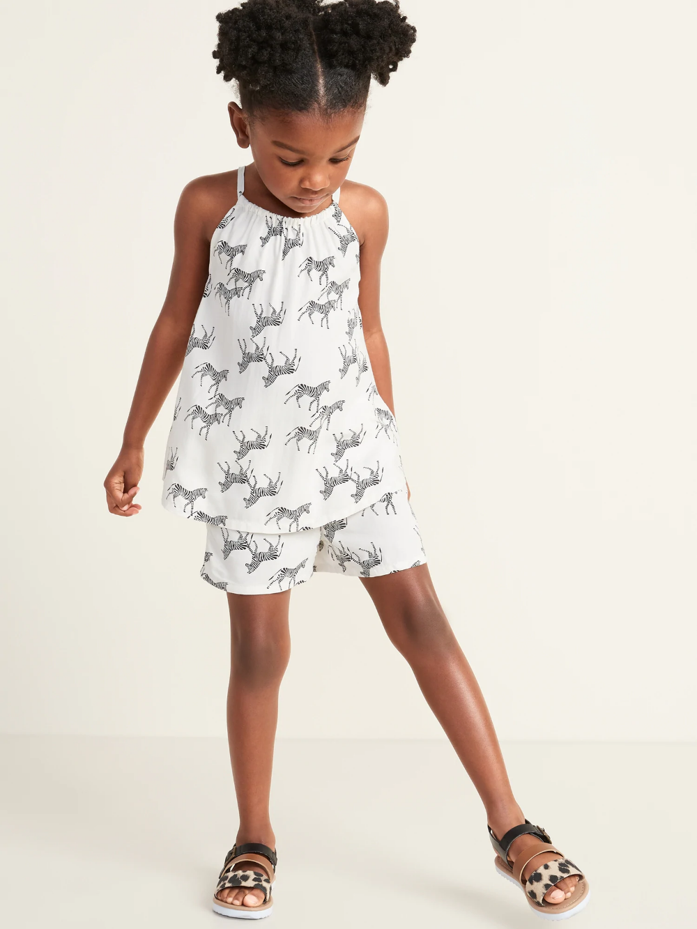 Sleeveless A Line Top Shorts Set For Toddler Girls Old Navy Girls Clothes Shops Toddler Girl Outfits Toddler Girl [ 1333 x 1000 Pixel ]