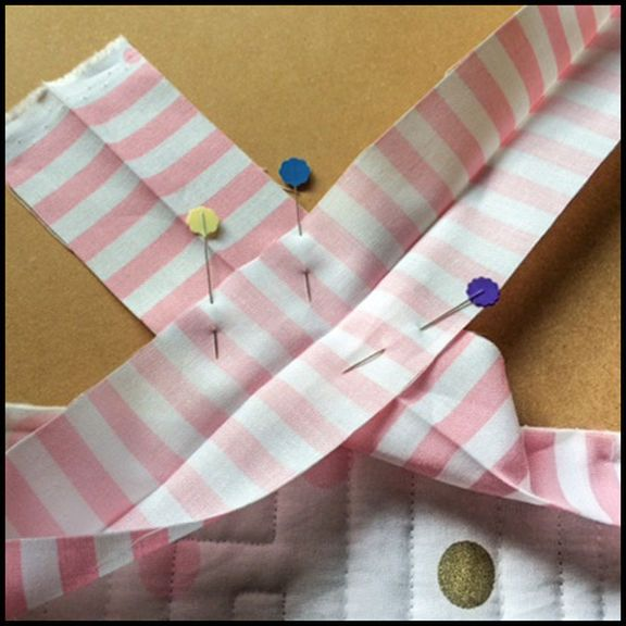 Easy Free Tutorial On Binding Quilts.