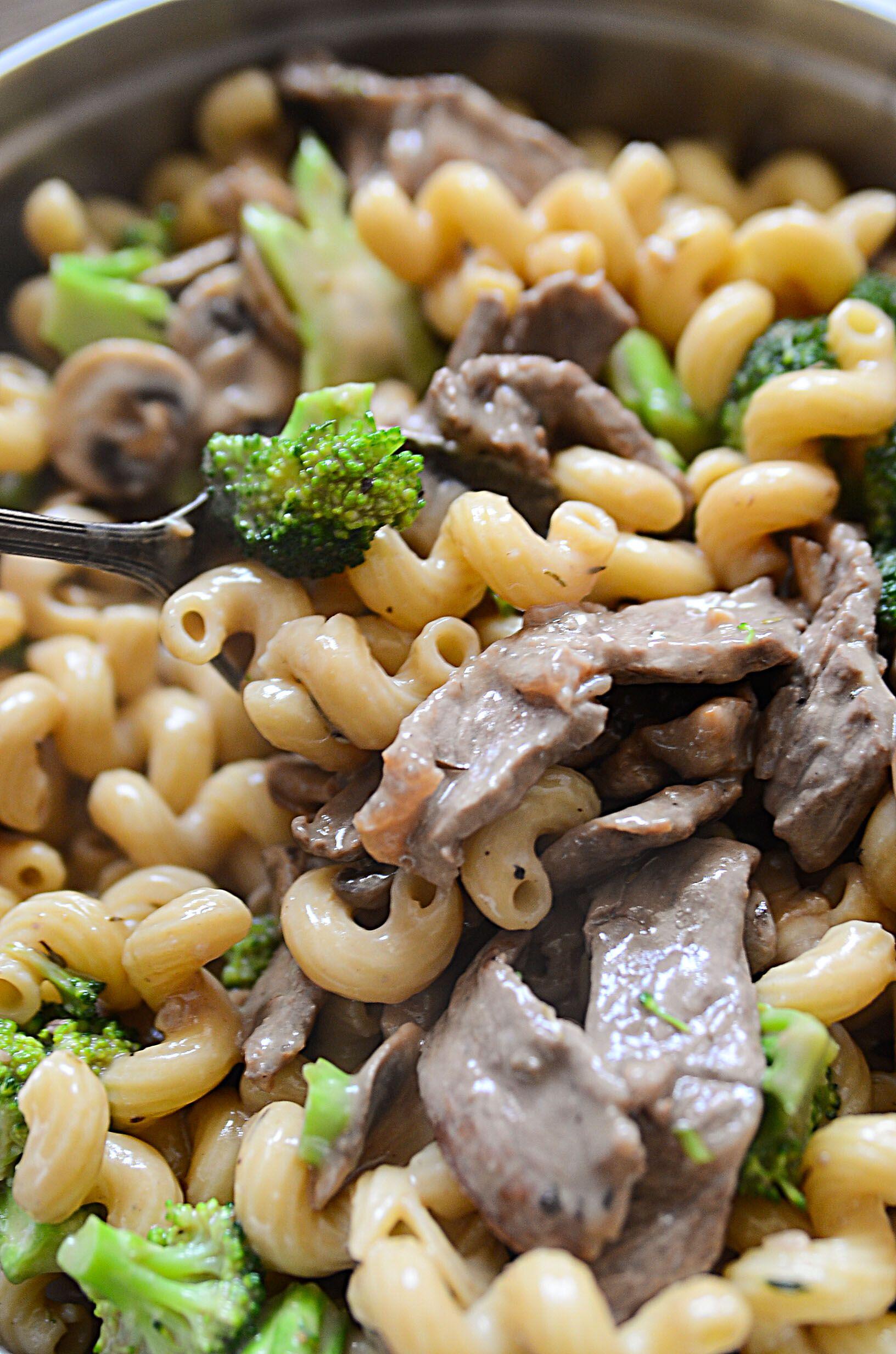 Beef Mushroom And Broccoli Pasta Recipe Steak And Broccoli Pasta Broccoli Pasta