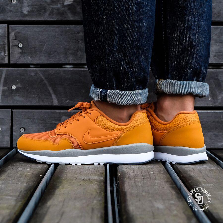 859215433e55 Nike Air Safari  Monarch Cobblestone