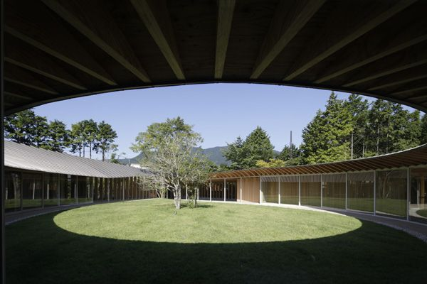 טיפה בתוך ריבוע - וילה בתכנון יחודי ביפן // פרויקט חו''ל | חדשות | Archijob.co.il