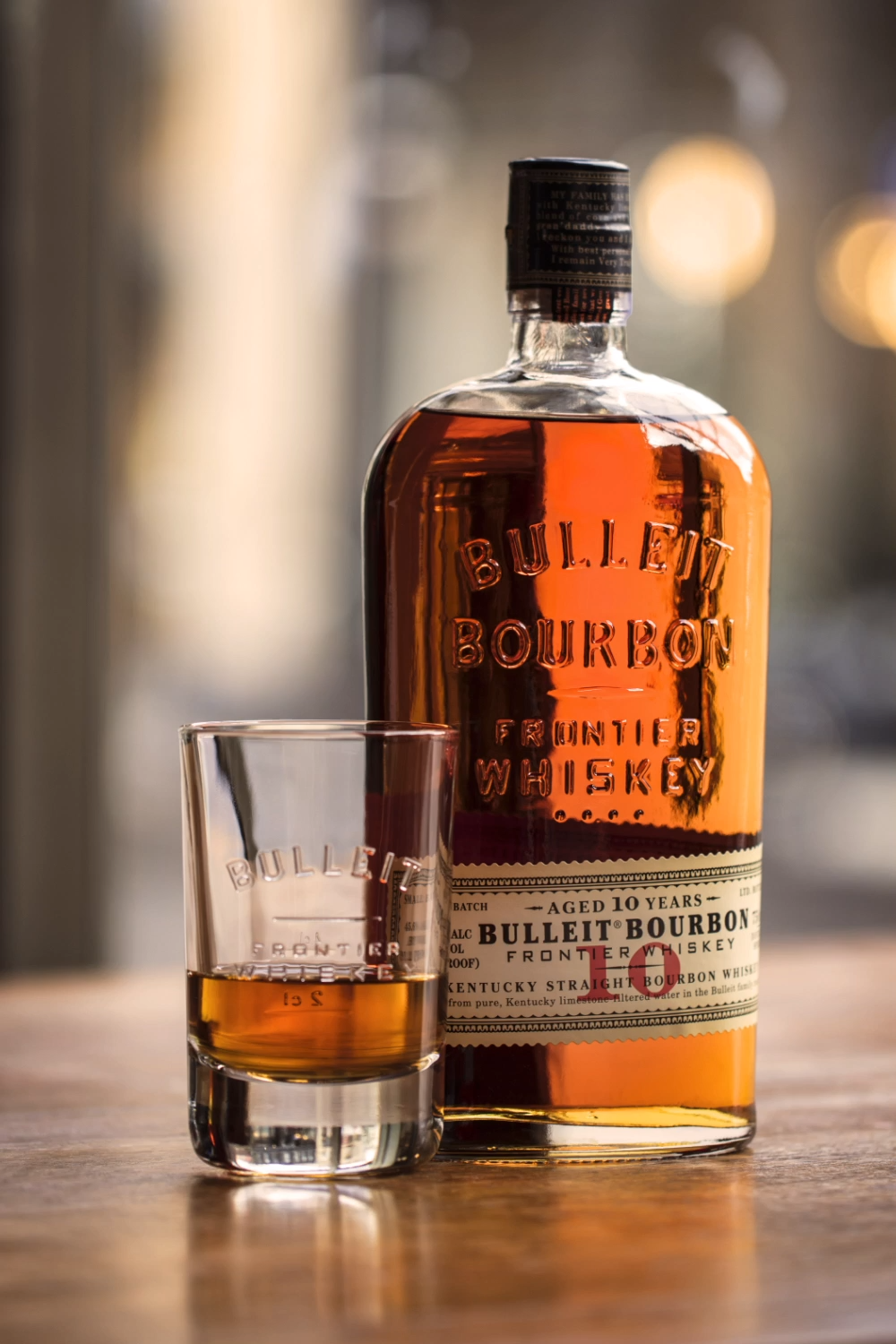 Bulleit 10 Year Neat Video Cigars And Whiskey Bulleit Bourbon Whiskey