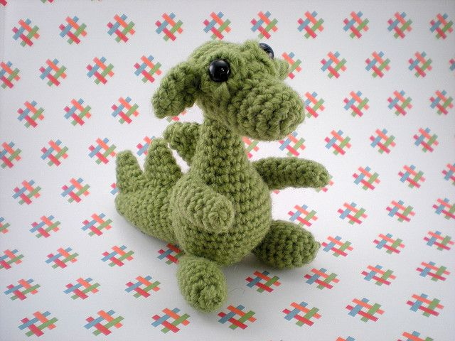 Amigurumi Baby Dragon : Crochet dragon eggs with baby dragon