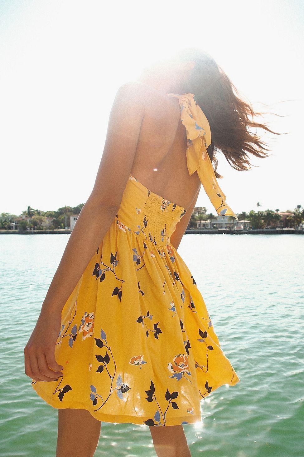 Urban outfitters uo pippa halter mini dress black xs yellow