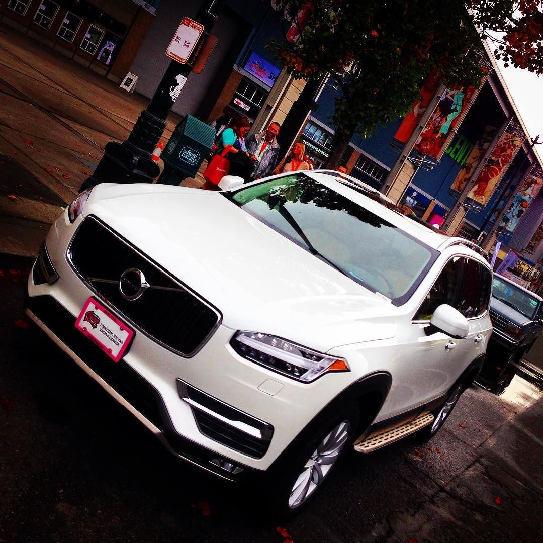 Checking out the @volvocars #XC90 at #seattleautoshow tricked out with @att #attseattle tech
