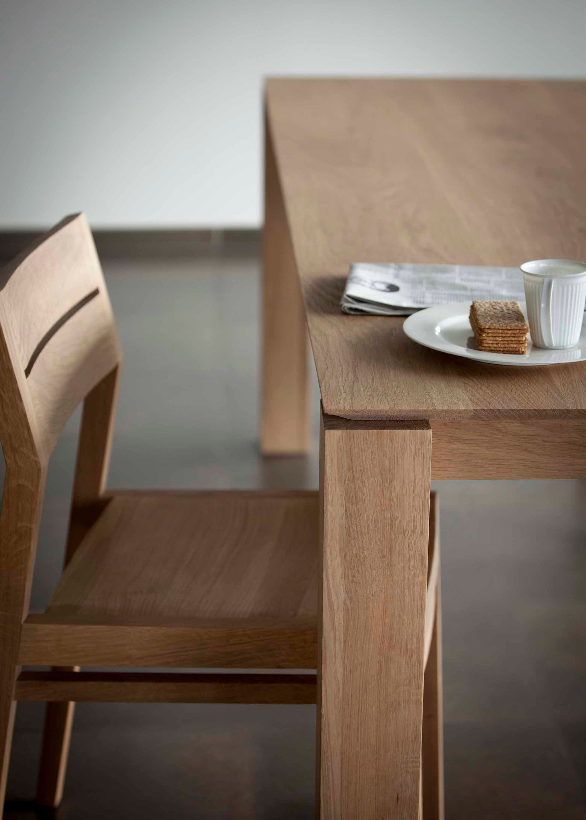 The Beauty Of The Ex 1 Chair And Slice Dining Table Lies In Their