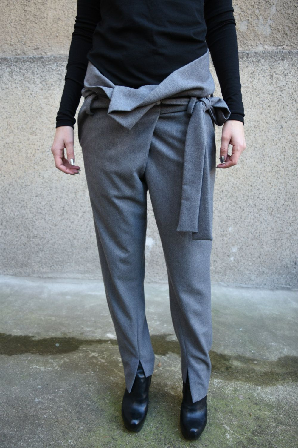 How to wool wear pants casually