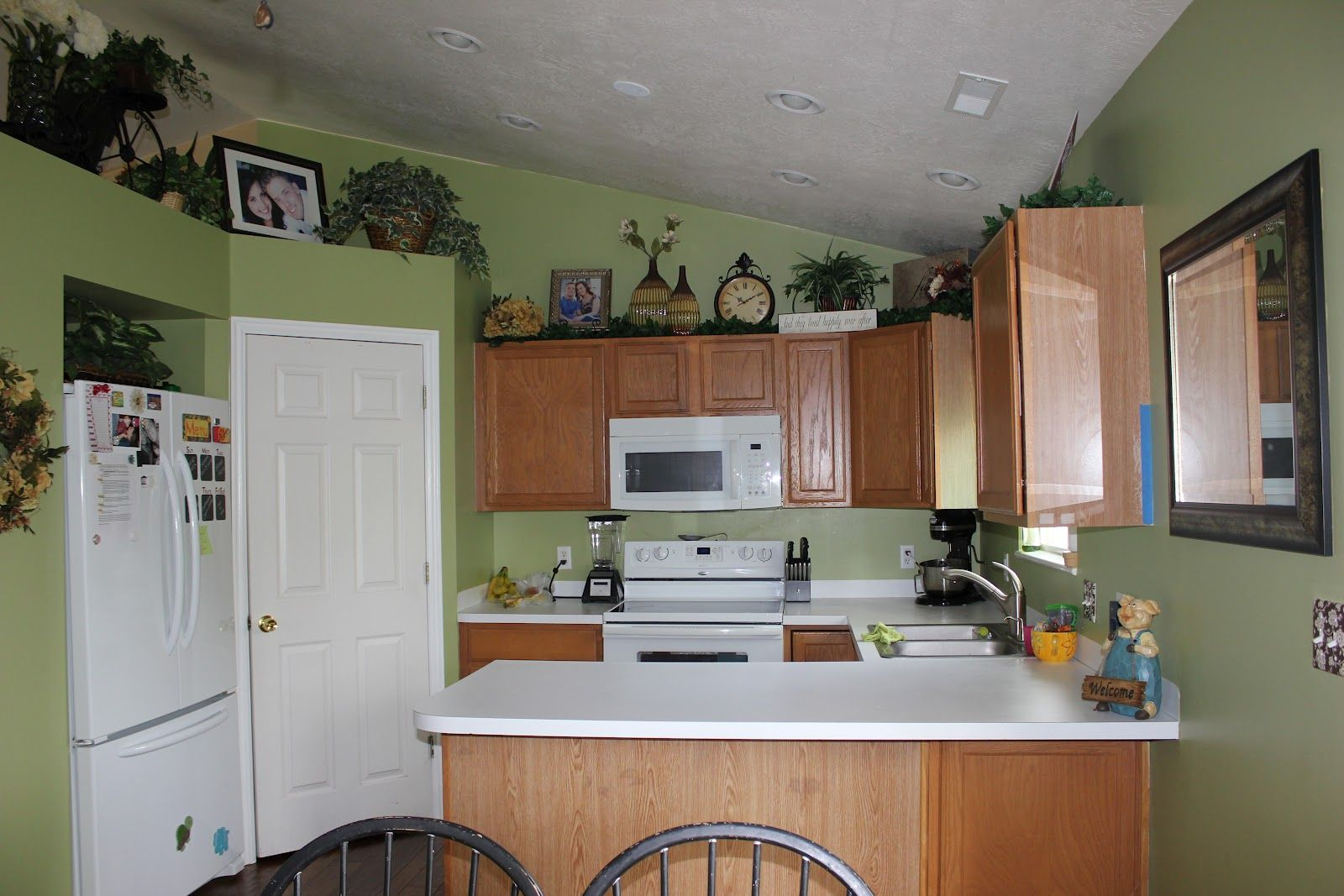 kitchen color with light wood cabinets ~ gramp