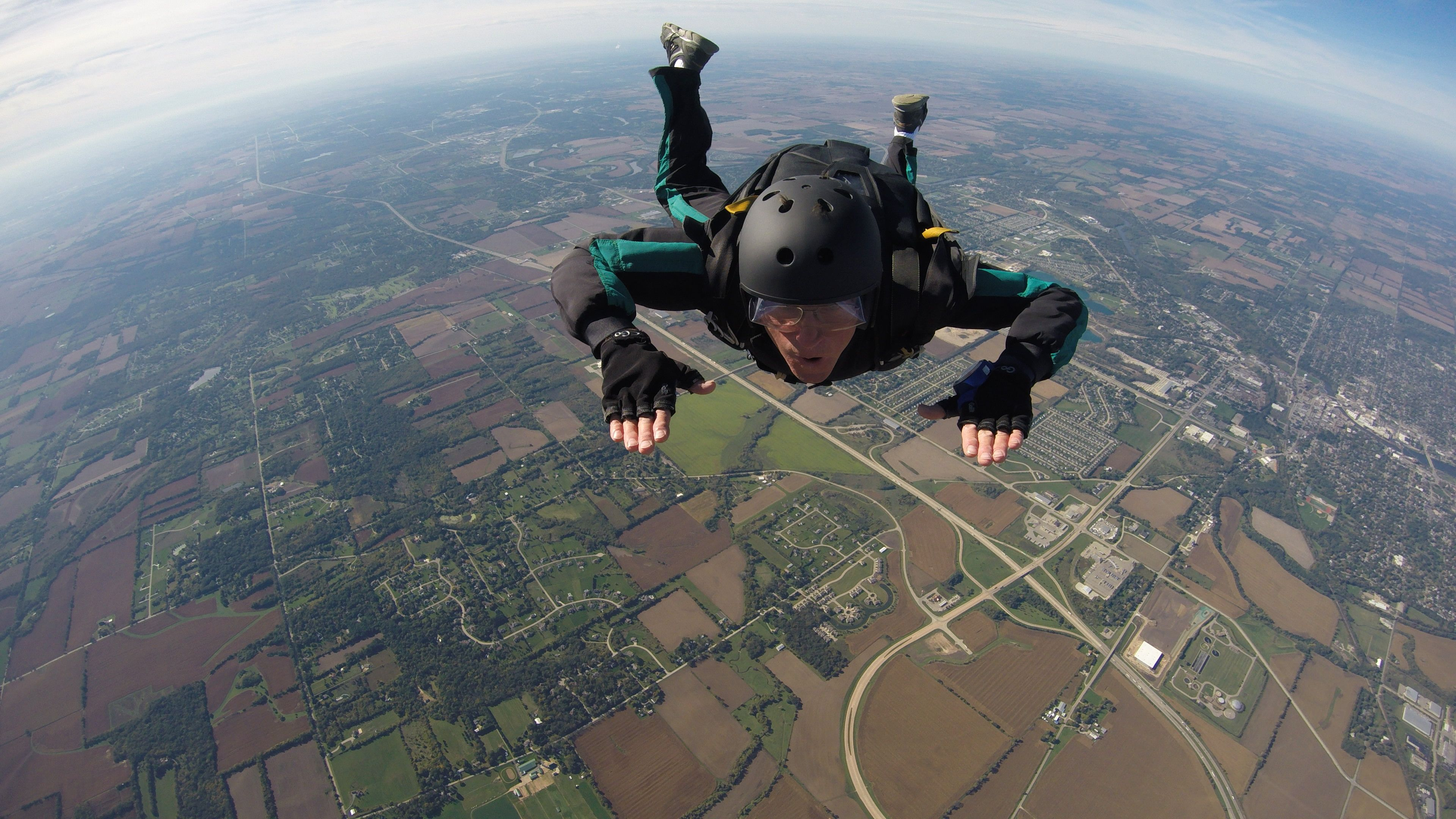 Roger Peters aka Pete doing a solo training skydive from