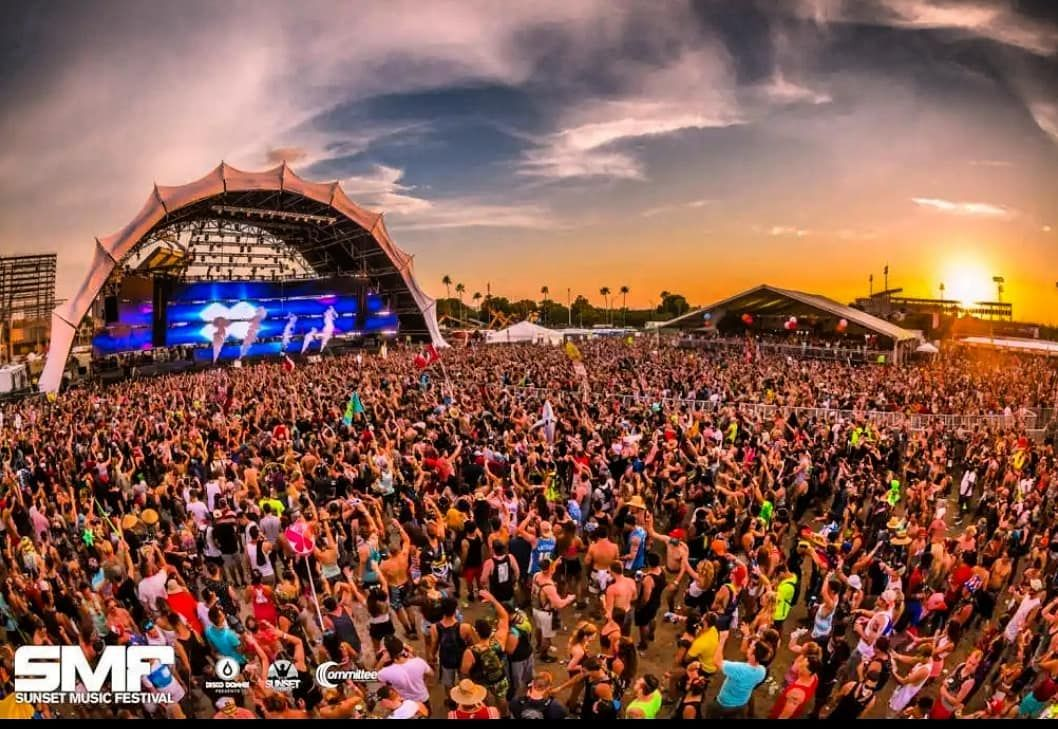 Sure It S Not In St Pete But We Know A Good Time When It Comes Around And The Smftampa Is Definitely A Good Ti Sunset Music Festival Music Festival Festival