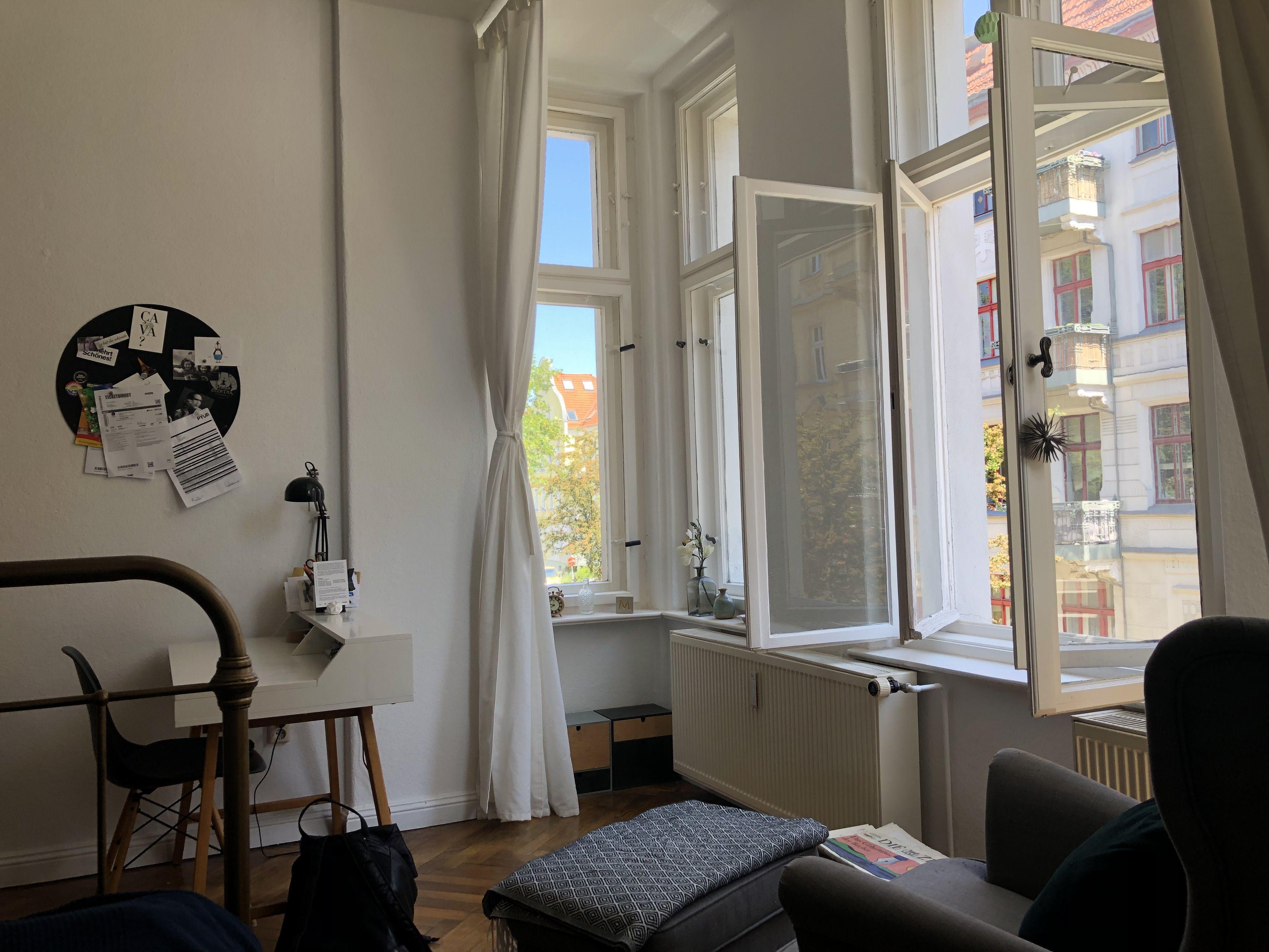 Schones Wg Zimmer In Altbau In 2020 Wg Zimmer Leipzig Wohnung Innenarchitektur