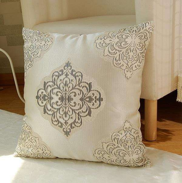Cuscini per divani cuscino elegante cuscini pillows for Cuscini arredo per divani