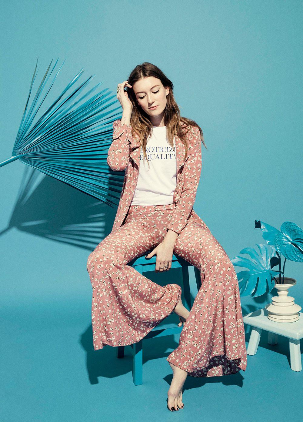 Anna Wolf — Fashion #fashion #fashionphotography #statementstyle #graphictees #tidalmag #florals #bellbottoms #pinkflorals #pinkpants #lesliekirchhoff #editorial