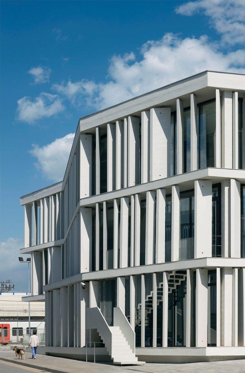 Law courts sant boi de llobregat baas arquitectes - Arquitectura barcelona ...
