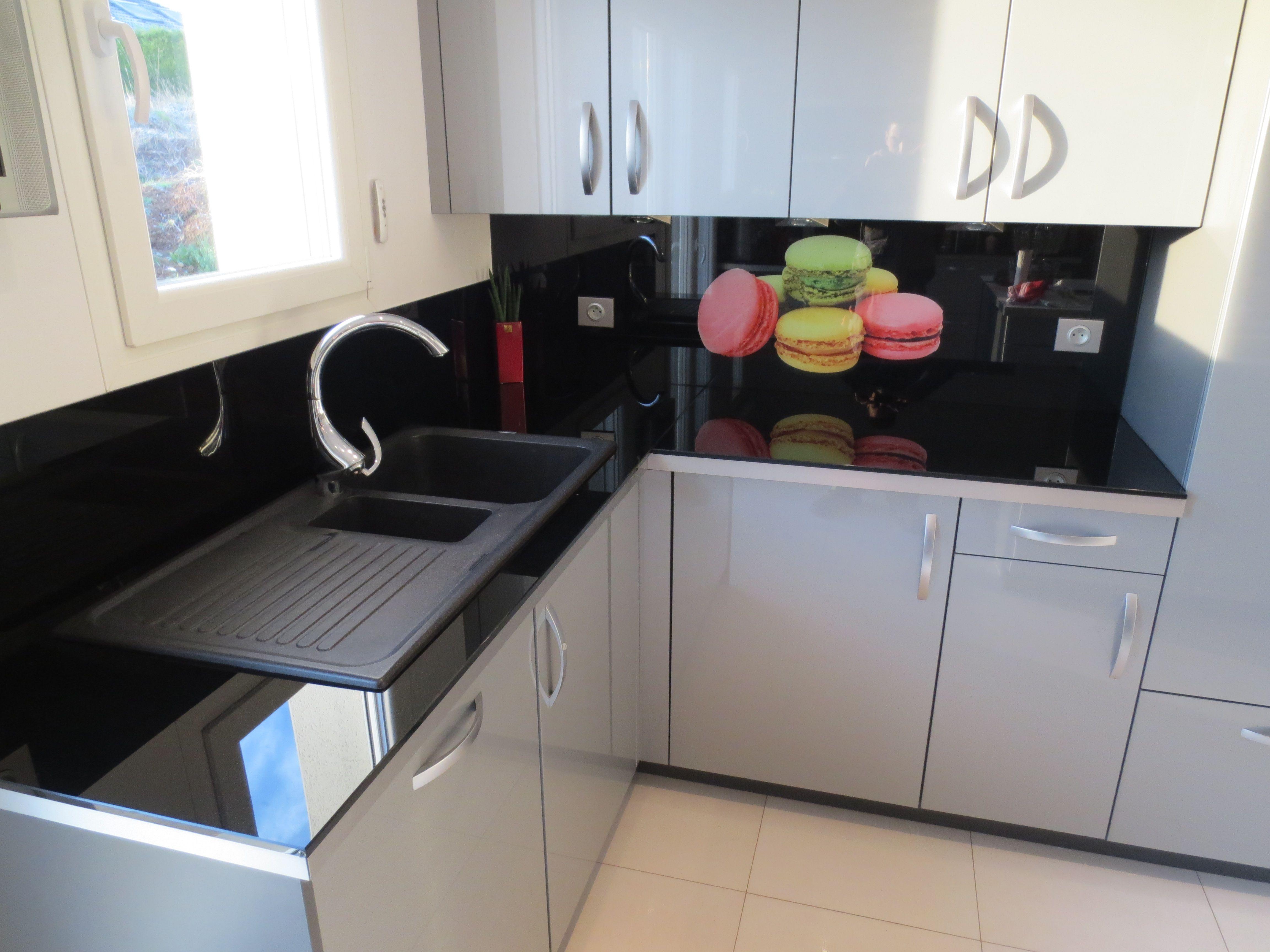 cr dence en verre avec impression num rique glass splashbacks kitchen with digital print. Black Bedroom Furniture Sets. Home Design Ideas