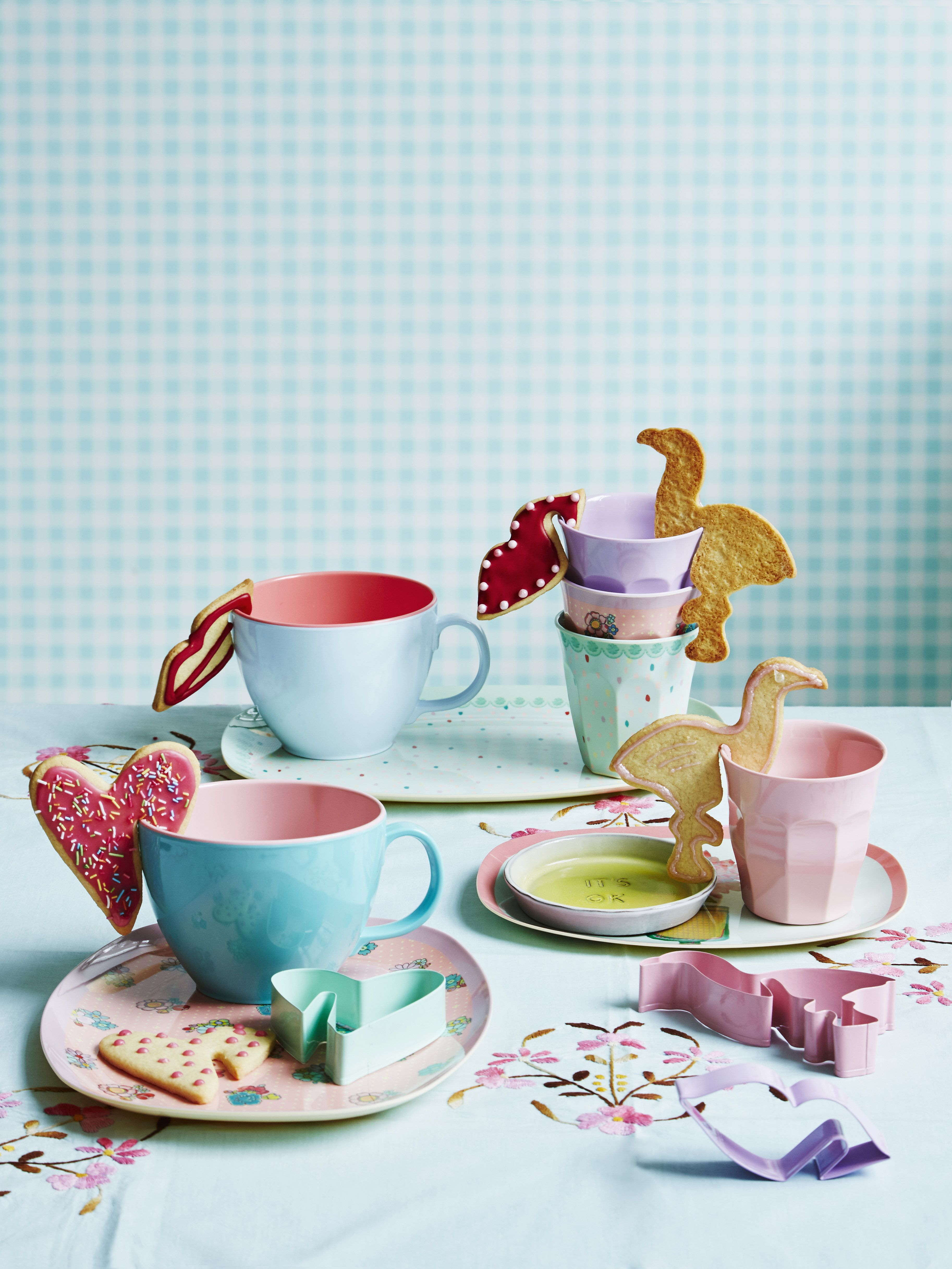 Melamine Cups and Plates - AW16 - Home Decor For Life  sc 1 st  Pinterest & Melamine Cups and Plates - AW16 - Home Decor For Life | Other Great ...