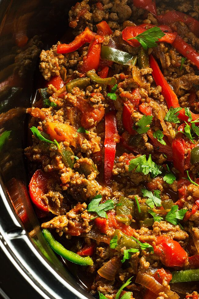 Slow Cooker Turkey Fajita - Cooking Maniac #groundturkeytacos