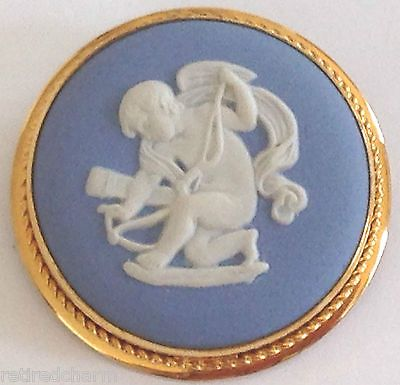 ANTIQUE-WEDGWOOD-JASPERWARE-CHERUB-CAMEO-PENDANT-OR-PIN-GOLD-FILL-1974-MINT