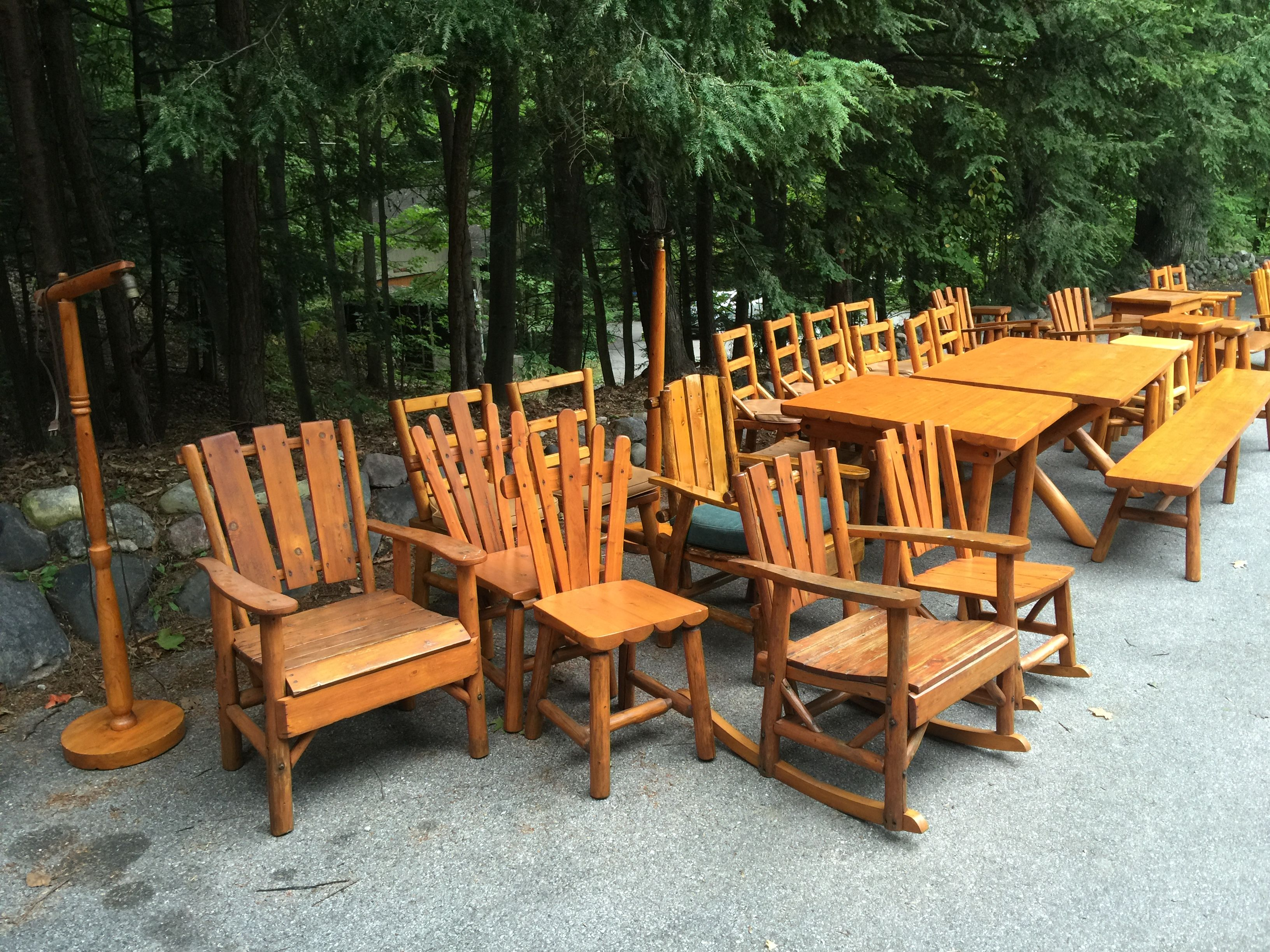 46 pcs of rittenhouse log furniture from a northern michigan waterfront estate new inventory for next years shows available christibys