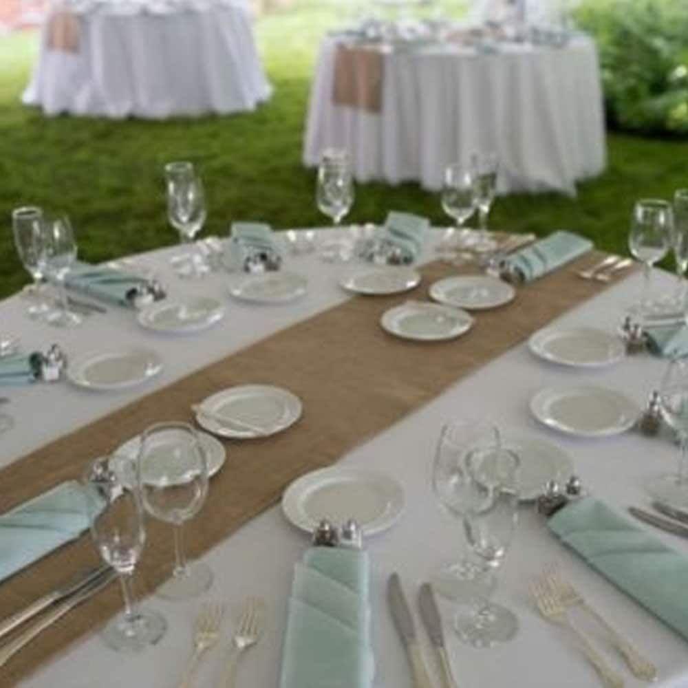 "26 Rustic Wedding Ideas That Still Feel Elevated: Burlap Table Runner 14"" X 72"""