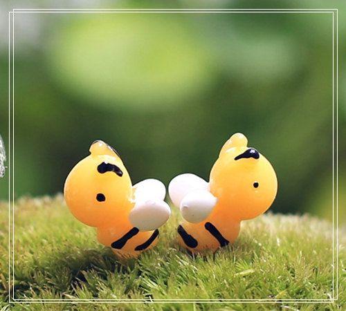 5PCS Mini Yellow Bee Figure Fairy Garden Accessories, Miniature Minions…