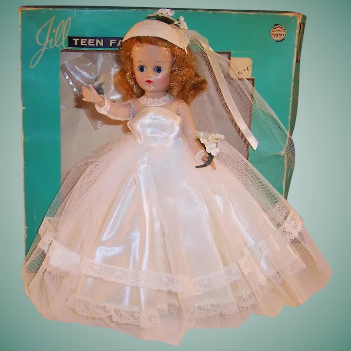 Excellent & Gorgeous! 1957 VOGUE Jill Bride Doll with Original Box #bridedolls