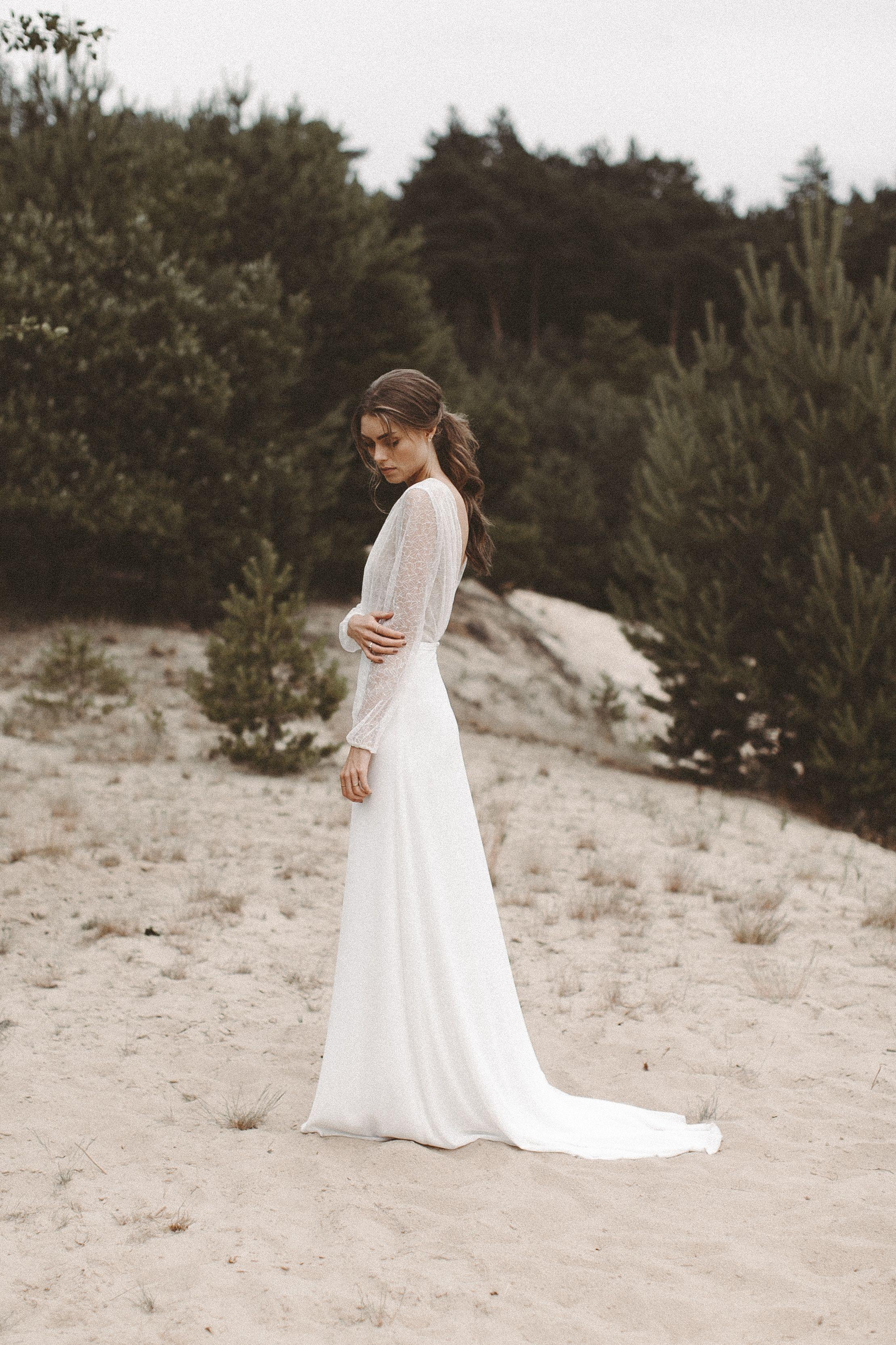 Brautkleid lange Spitzenärmel Rückenausschnitt Boho Hochzeitskleid