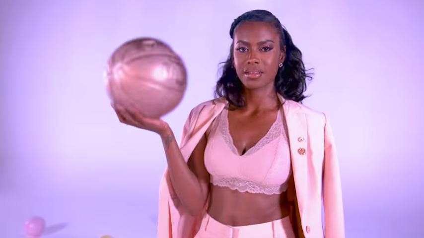 Kristen Scott Joins Basketball Wives For Season 7 Meet The New Vh1 Star Whose Husband Thomas Scott Byron Scott S Son Wo Basketball Wives Basketball Kristen