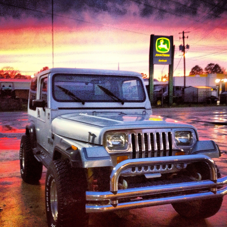 89 Jeep Wrangler Laredo 4x4 In A Samson Alabama Sunset Just Like A Dream Jeep Yj Jeep Wrangler Yj Jeep Wrangler