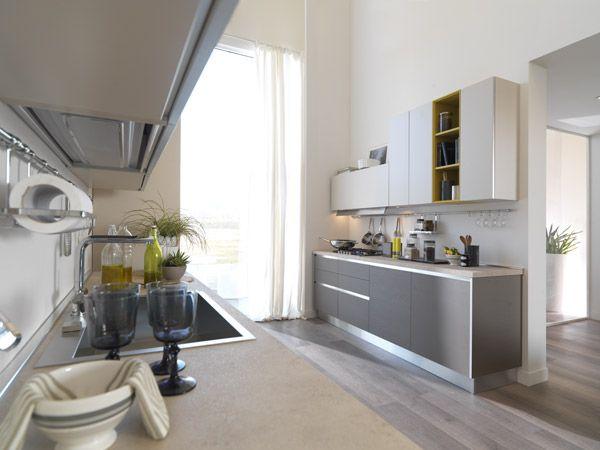 I fuochi nascosti dietro la parete divisoria non si vedono dal soggiorno lube cucine cucina - Parete divisoria cucina soggiorno ...