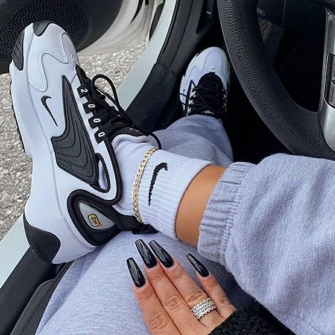"""jurado Proporcional tenaz  WWW.ZAPATILLUKAS.ES on Instagram: """"🔥 A ti también te gustan estas  increíbles Nike Zoom 2…   Zapatos nike mujer, Modelos de zapatos nike,  Zapatos deportivos de moda"""