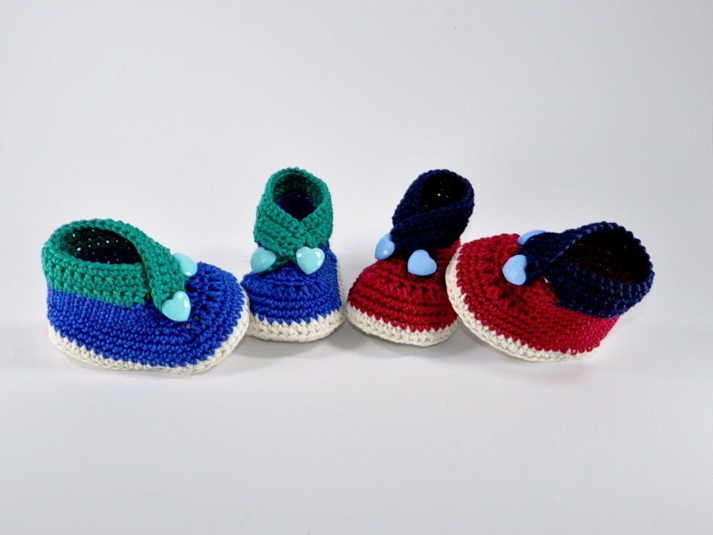 Babyschuhe mit Herzknöpfen Häkelanleitung - Häkelanleitungen bei ...