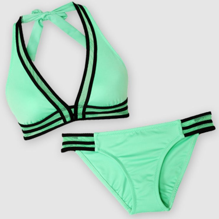 f999a6c8a1 The Most Flattering Swimsuits for Small Busts | Swim | Swimsuits for ...