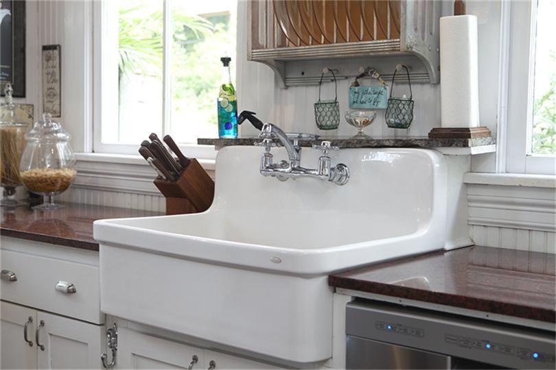 1411 rosenberg house galveston vintage farmhouse sink