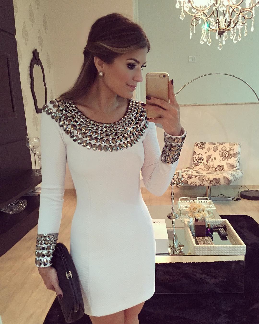 2a9da3145 Ver esta foto do Instagram de @arianecanovas • 10.3 mil curtidas Vestido  Com Pedraria,