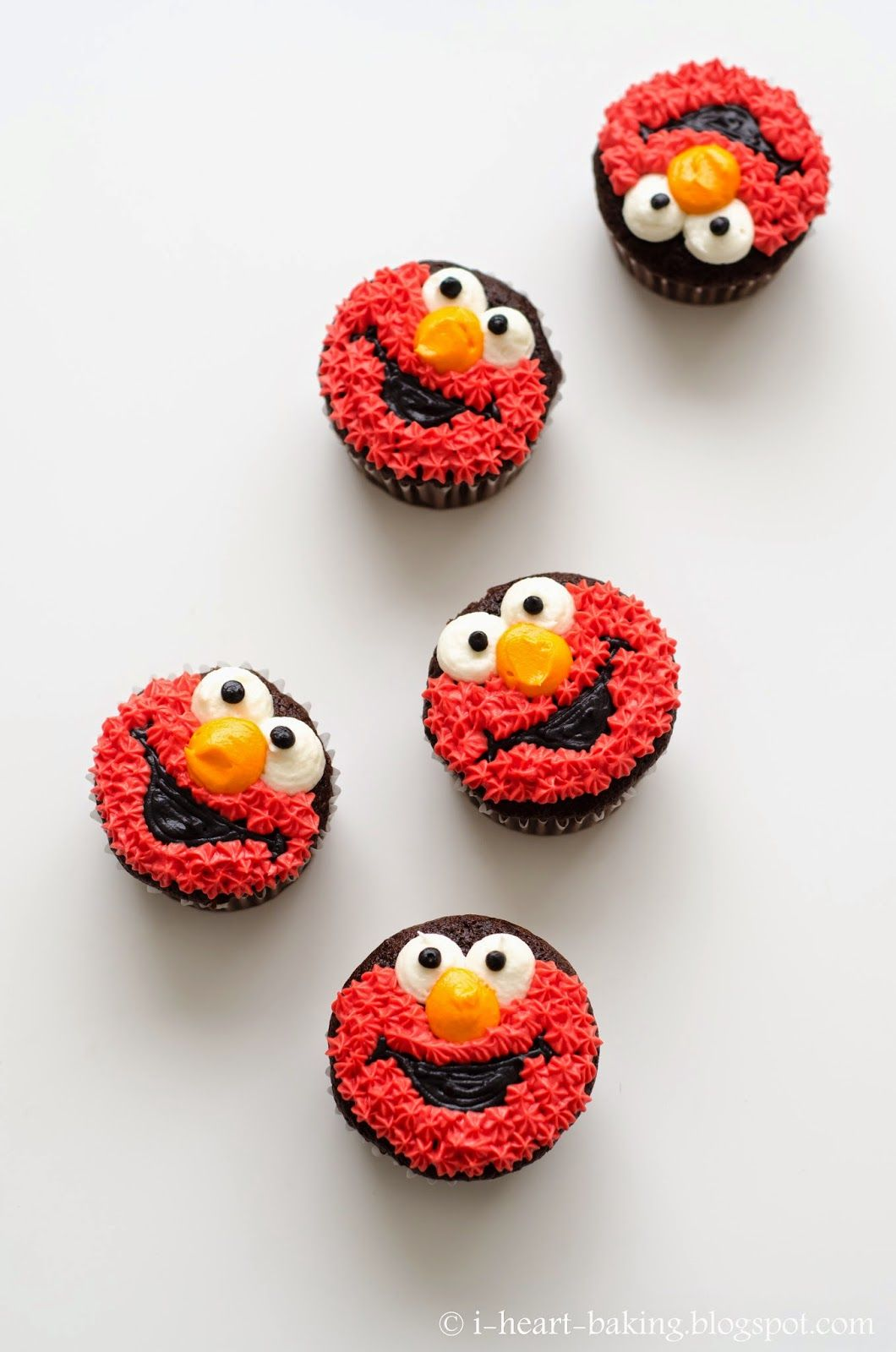 i heart baking elmo cupcakes Fabulous Whimsical Cutey Baked