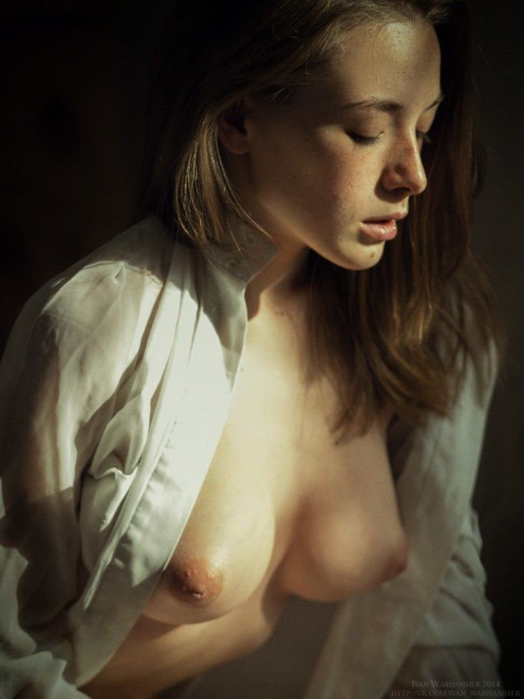 Girlfriend sleeping nude cum