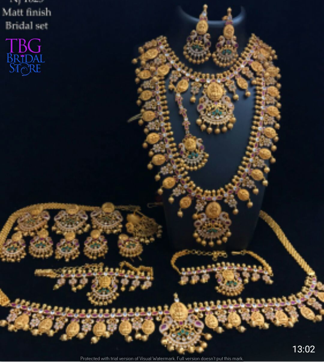 Pin By Tbg Bridal Store On South Indian Bridal Jewellery Bridal Fashion Jewelry South Indian Bridal Jewellery Bridal Jewelry