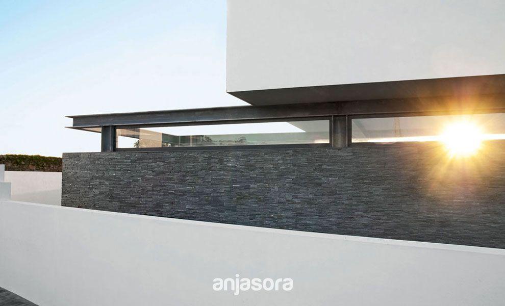 Exteriores casas modernas perfect siempre pensamos en for Casa moderna 4279