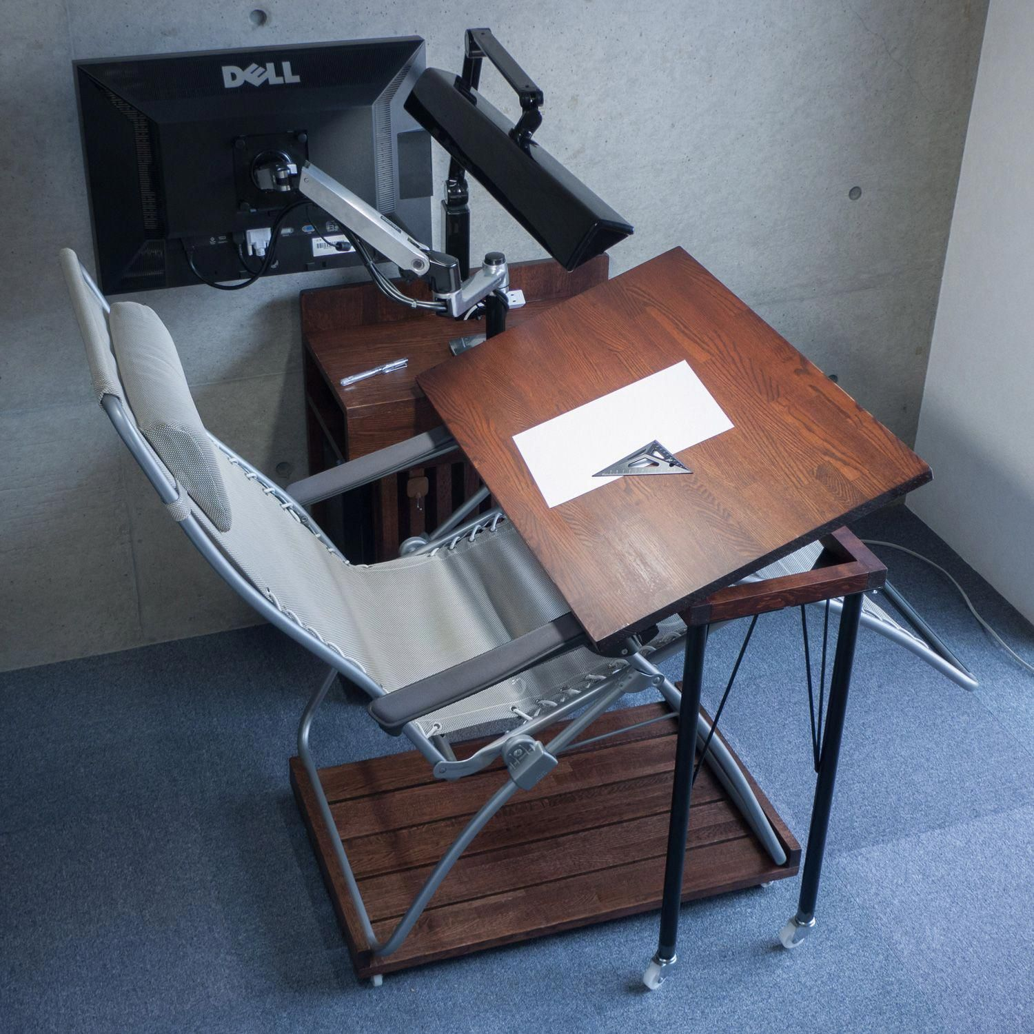 Pc Desk That Can Desk Work On Recliner Chairs Other Work Reclinerchair Work Space Chair Pc Desk Toddler Recliner Chair