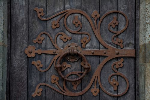 Antique Door Hinge w/ Handle & This is so #beautiful and #mysterious . I\u0027d love to have this on my ...