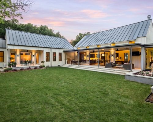 Modern Farmhouse Home Design Ideas, Pictures, Remodel and Decor